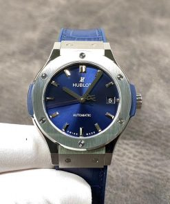 تقليد ساعة هوبلت Hublot بإطار أزرق وأرضية بلون ازرق للرجال مقاس 38