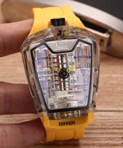 تقليد ساعة هوبلت بإطار أصفر وأرضية بلون أبيض للرجال مقاس 45