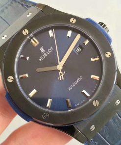 تقليد ساعة هوبلت بإطار أزرق وأرضية بلون أزرق للرجال مقاس 45